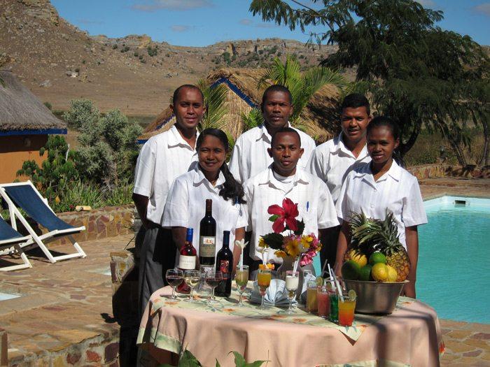 Equipe sur la table du restaurant