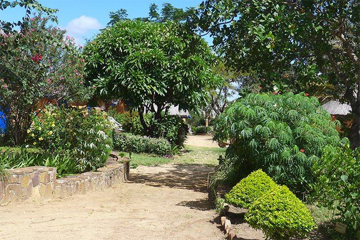 Bungalows dans l'enceinte du jardin